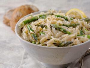 Creamy Vegan Alfredo Orzo with Asparagus